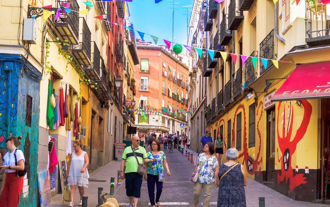 Como conocer personas en Madrid luc